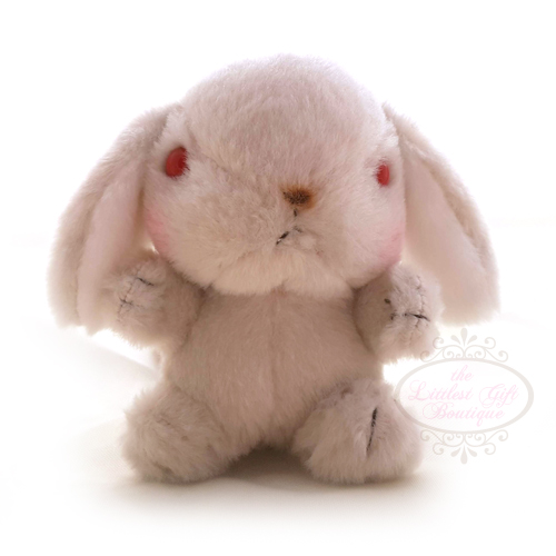 Pote Usa Loppy Keychain Red Eyes